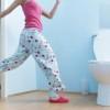 toilet-woman1-PeterCade-theimagebank-44047fa70f043e275c8724131355fb76ddcaec20